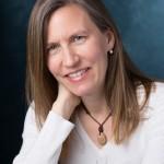 Cindy Safronoff portrait - lo res 500 x 750